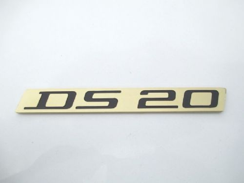 DS20 boot badge, after July 1972